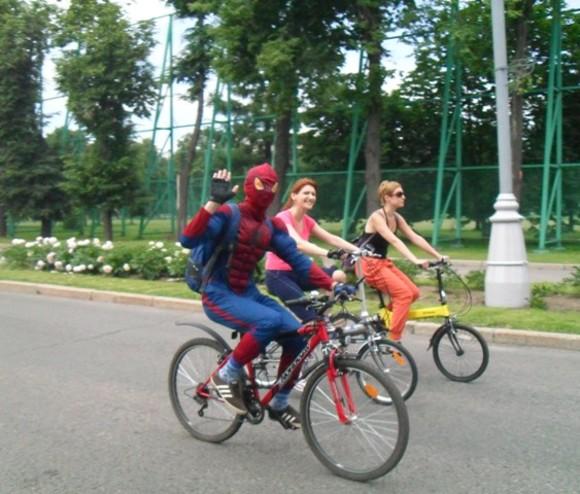 Из-за соревнований велосипедистов перекроют движение в Крылатском и в районах Новой Москвы
