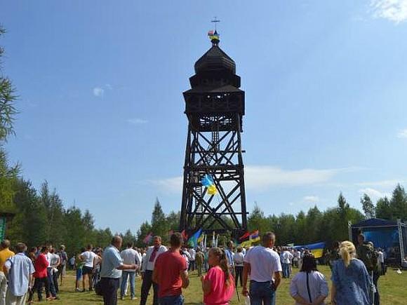 НаЛьвовщине установили самую высокую вевропейских странах «Башню памяти»