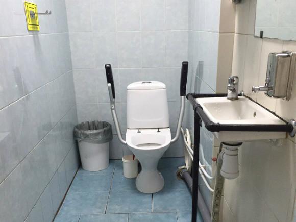 ВНововятске в своем туалете отразрыва трубы погибла девушка