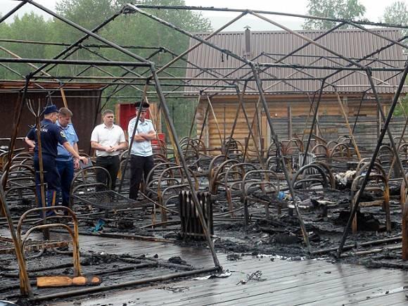 Спасавшего детей в пожаре в палаточном лагере Лешу Мартыненко представят к награде