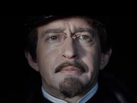 Стоп-кадр из сериала «Троцкий»