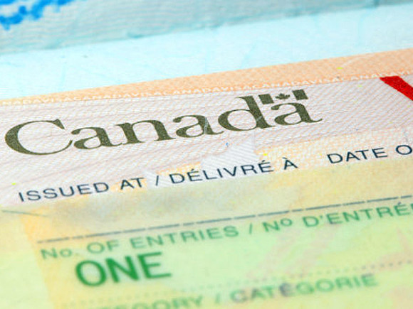 Годовая инфляция в Канаде чуть ускорилась в феврале