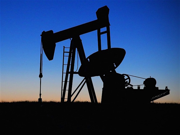 Мировые цены нефти марки Brent вновь стали расти