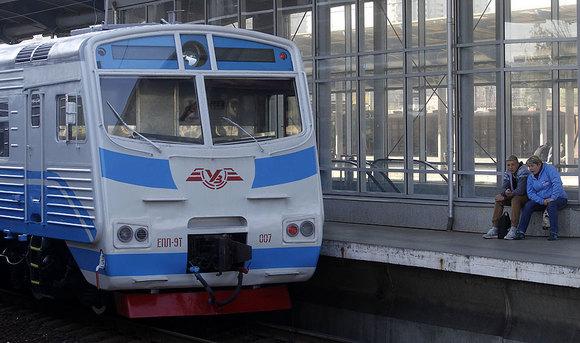 Украина планирует закончить железнодорожное сообщение сРоссией с1июля