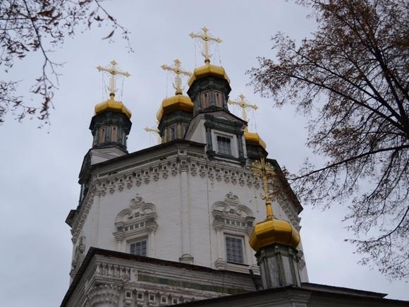 Назападе Украины неизвестные устроили погром в монастыре Московского патриархата