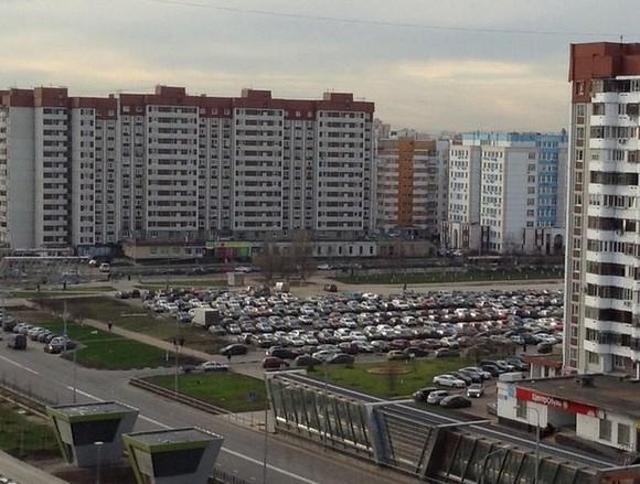 Власти столицы обещали регулярно расширять зону платной парковки