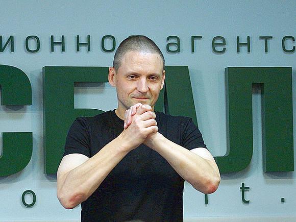 Удальцова допросили вСКР поделу особытиях наБолотной