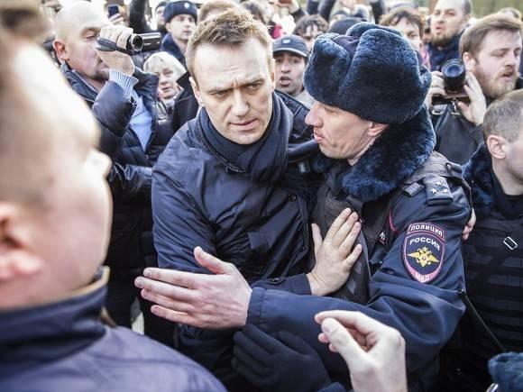 ВСмольном отклонили заявки приверженцев Навального напроведение митингов