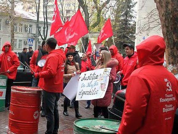Порезультатам подсчета 100% протоколов президентом Молдавии стал Додон