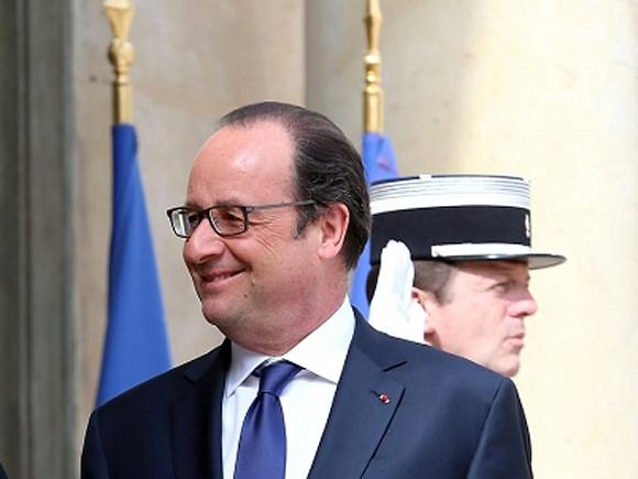 Мынамерены восстановить дискуссии сПутиным иПорошенко— Олланд