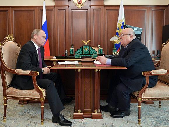 Мединский прокомментировал решение В. Путина провести в РФ Год театра