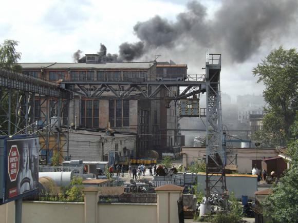 В северной столице устранили мощный пожар, появившийся вангаре