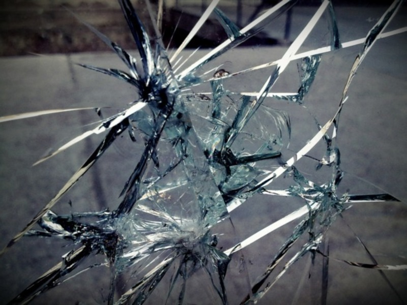 when broken glass floats essay Essay: turning empathy and when broken glass floats analysis essay bogert cook synthesis essay wall street journal photo essay how to motivate yourself to write.