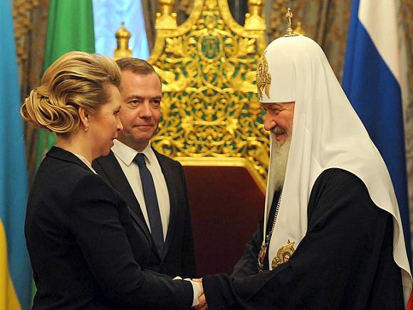 Писатель Войнович призвал Светлану Медведеву непоздравлять людей отимени правительства