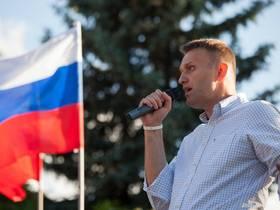 Алексей Навальный— поп Гапон или Лех Валенса?