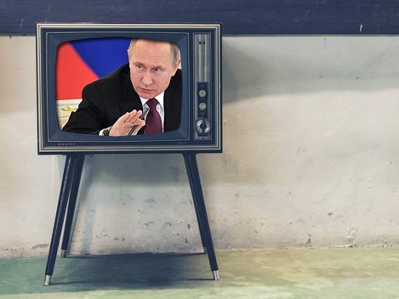 СМИ: Кремль не понимает, что ждать от Зеленского, и советует российским телеканалам его не хвалить