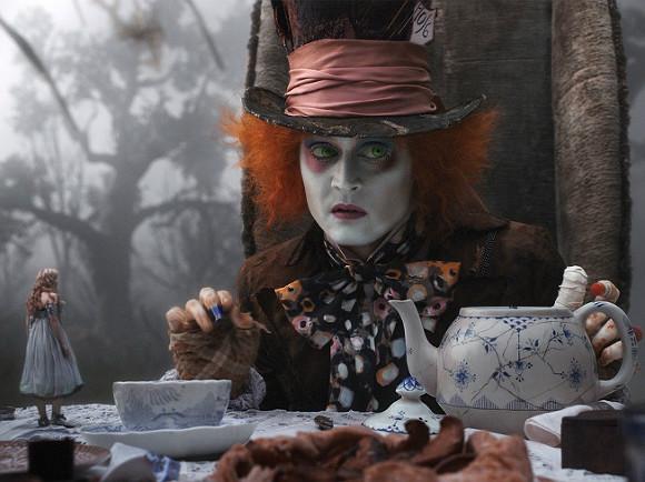 Стоп-кадр из фильма «Алиса в Стране Чудес»