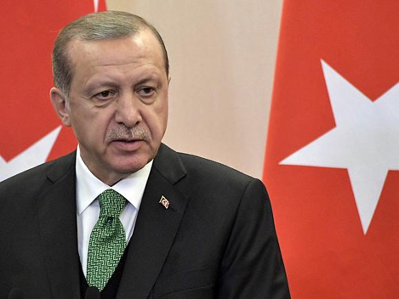 Эрдоган назвал требование закрыть военную базу в Катаре «неуважительным»