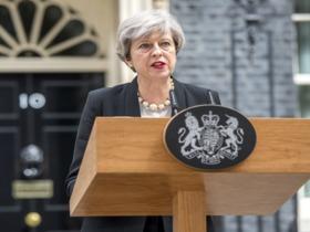 "Фото с сайта <a href=""https://www.gov.uk/"">правительства Великобритании</a>"