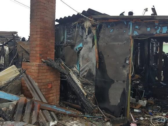 Возбуждено дело о гибели людей при пожаре в общежитии Русгидро на Сахалине