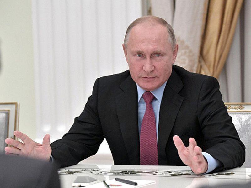 Путин в Крыму спросил у Киева: З глузду з'їхав, чи що?