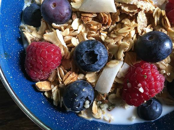 Английские ученые объявили квадратные тарелки задатком идеального завтрака