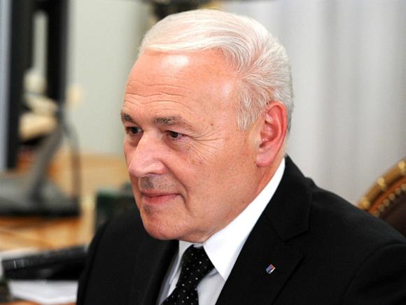 Губернатор Магаданской области будет лично следить заделом истощенного ребенка