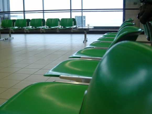 В Томске 128 пассажиров больше 11 часов ждут вылета в Москву