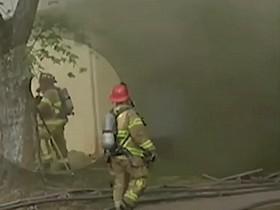 Быстрая реакция пожарного спасла жизнь младенцу