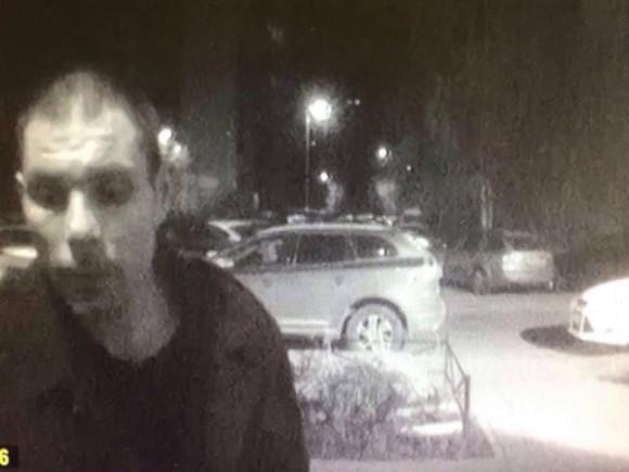 Милиция ищет серийного насильника-гастролера вПетербурге