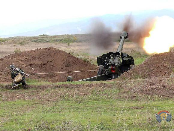 Азербайджан нанес удары поармянской армии вКарабахе