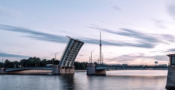 Гренадерский мост вПетербурге будут разводить 3 ночи подряд