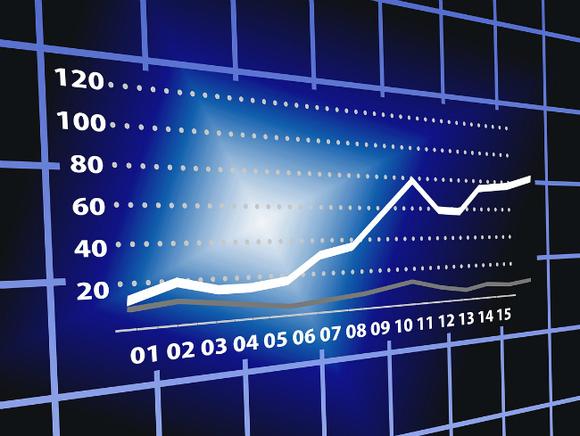 Торги на российском рынке акций начались ростом индексов