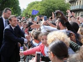 """Фото с сайта <a href=""""http://www.elysee.fr/"""">президента Франции</a>"""
