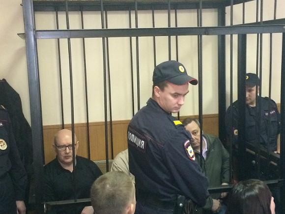 Петербуржские власти подтвердили незаконность установки доски Маннергейму