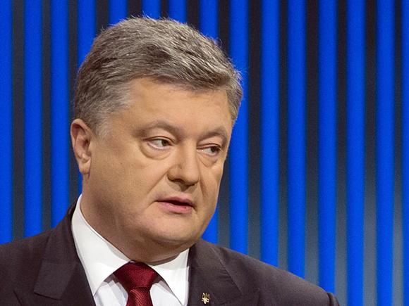Адвокат: Генпрокуратуру Украины обязали расследовать отпуск Порошенко на Мальдивах