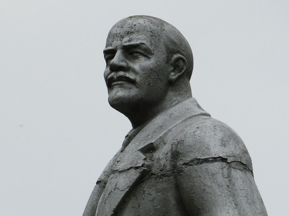 Оштрафованный за акцию в память Ленина коммунист потребовал наказать и мэра Новосибирска