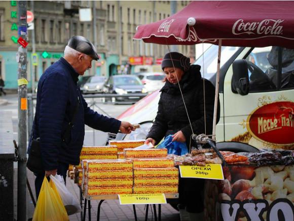 Народные избранники Петербурга одобрили штрафы без предупреждения для торговцев
