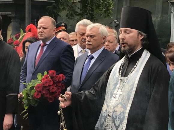 ВПетербурге прошла церемония памяти первого мэра города Анатолия Собчака