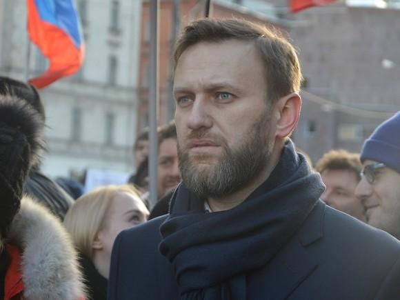 Как в Екатеринбурге проходит несанкционированный митинг сторонников Алексея Навального