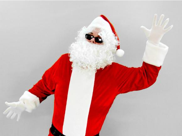 Велопарад Дедов Морозов вПетербурге запретила милиция
