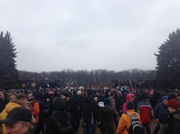 Митинг заотставку Медведева переместился наДворцовую площадь