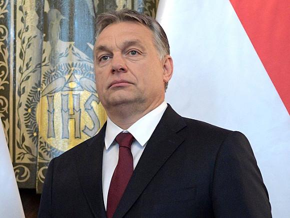 ВВенгрии продолжаются акции протеста против закрытия университета Сороса