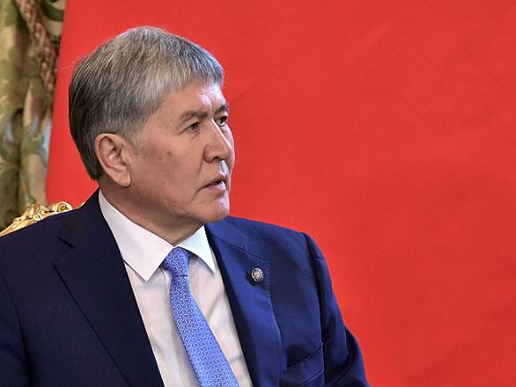 Альбом песен президента Киргизии поступил напродажу
