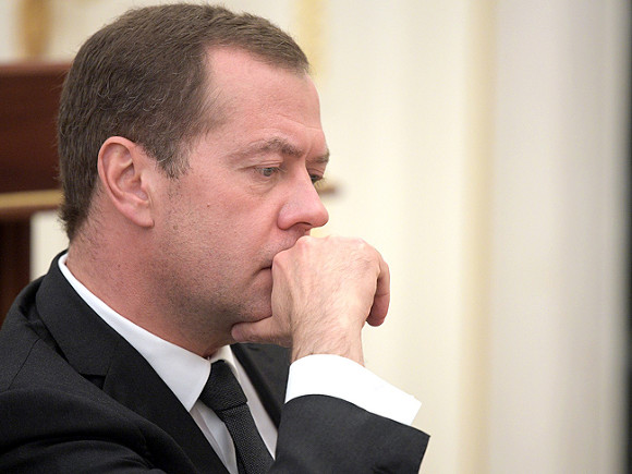 Медведеву сообщили о задержании Абызова