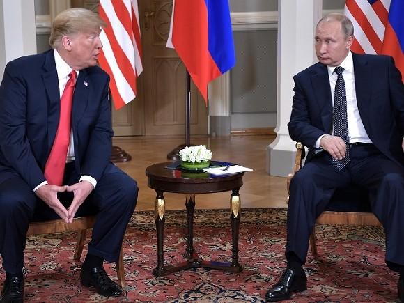 Вице-президент США поведал, чем рисковал Трамп на встрече с Путиным