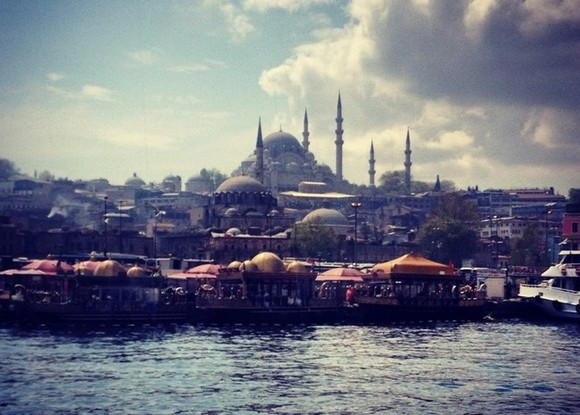 Полиция Стамбула предупредила об угрозе теракта на городском транспорте