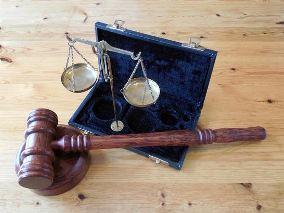 Кавказца, обманывавшего трудовых мигрантов в отделениях банков, будут судить в Москве