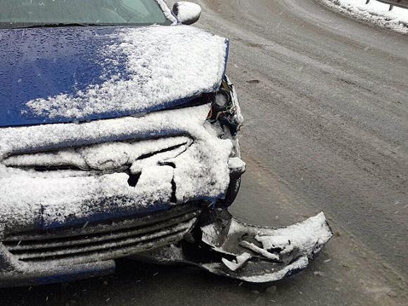 Два человека погибли в ДТП с грузовиком под Москвой
