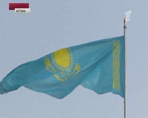 Насевере Казахстана из-за прорыва дамбы подтопило город Атбасар